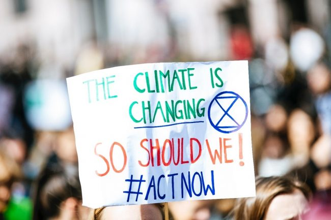 climate-change-people-in-street